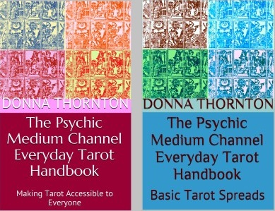 Tarot Manual and Spreads Small